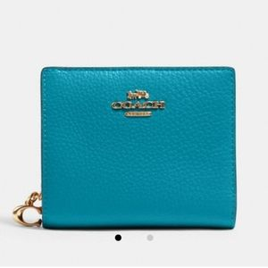 NWT Teal leather snap wallet